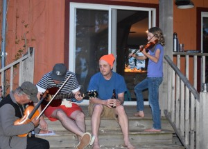 Fiddlin' with friends