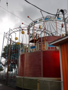 Old-school amusement park in the rain; Sylvan Beach